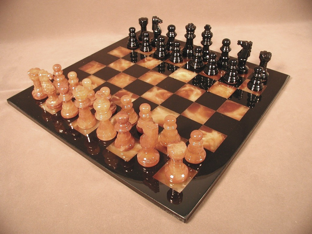 Alabaster Chess Set MF1BB