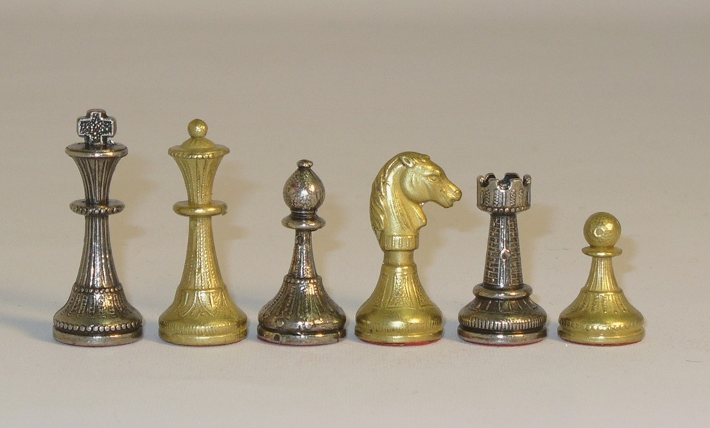 Chess-Pieces-65-204GN